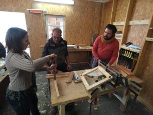 Laurent, fondateur de l'Atelier des bricoleurs vous accompagne sur vos projets.