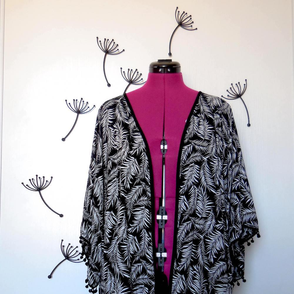 Le tissus de ce kimono est la base de création de futurs noeuds