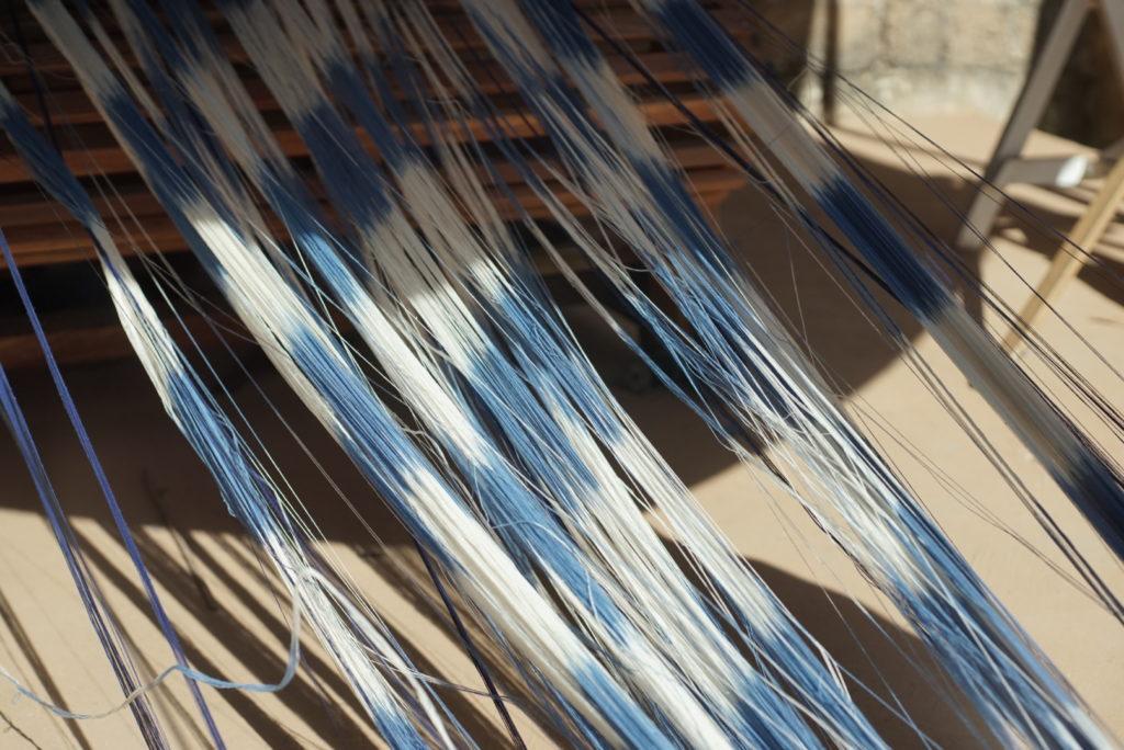 Le résultat d'une teinture végétale sur laine par les Tisseuses d'idées