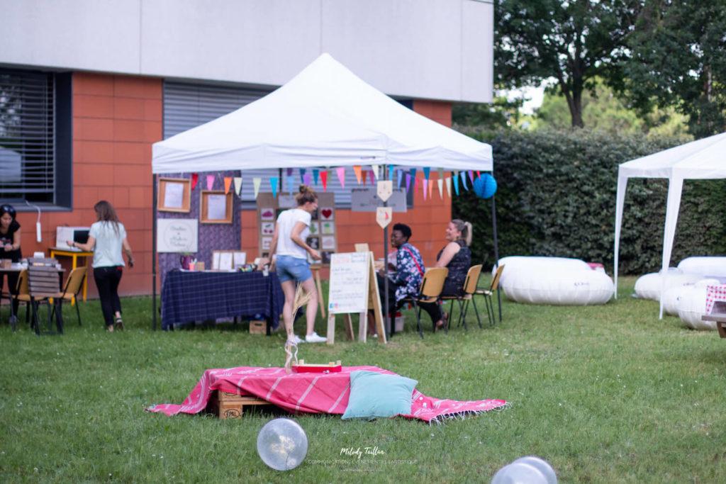 Au boulot cocotte lors d'un événement toulousain des Nénettes&Co pour représenter un faiseur.