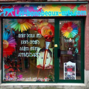 Bienvenue aux Bonobeaux Arts, espace d'ateliers DIY, situé Rue de la Colombette à Toulouse.