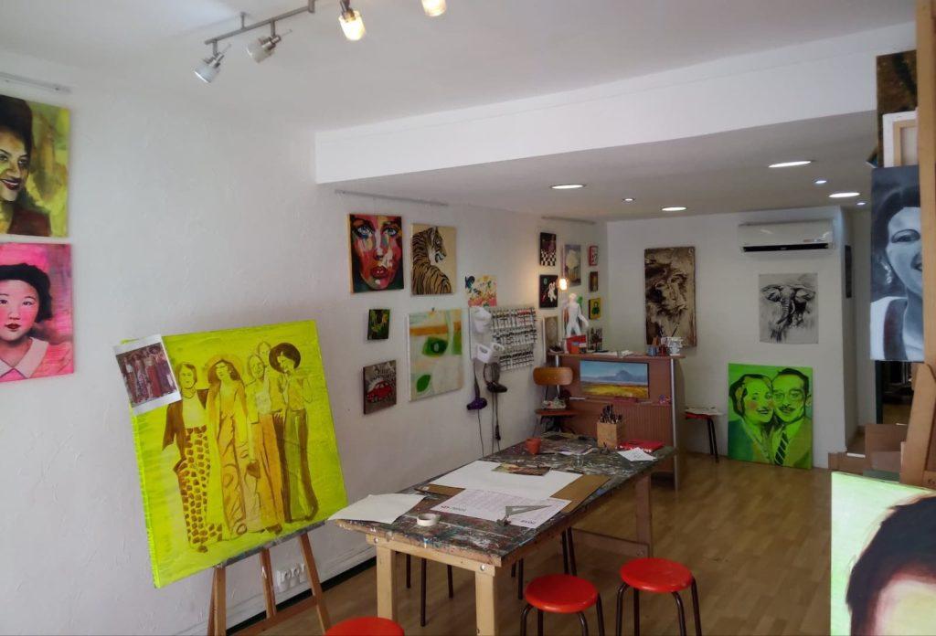 Un des deux espaces d'ateliers DIY des Bonobeaux Arts Toulouse.
