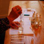 L'art Osé anime des ateliers de création de parfum à Toulouse