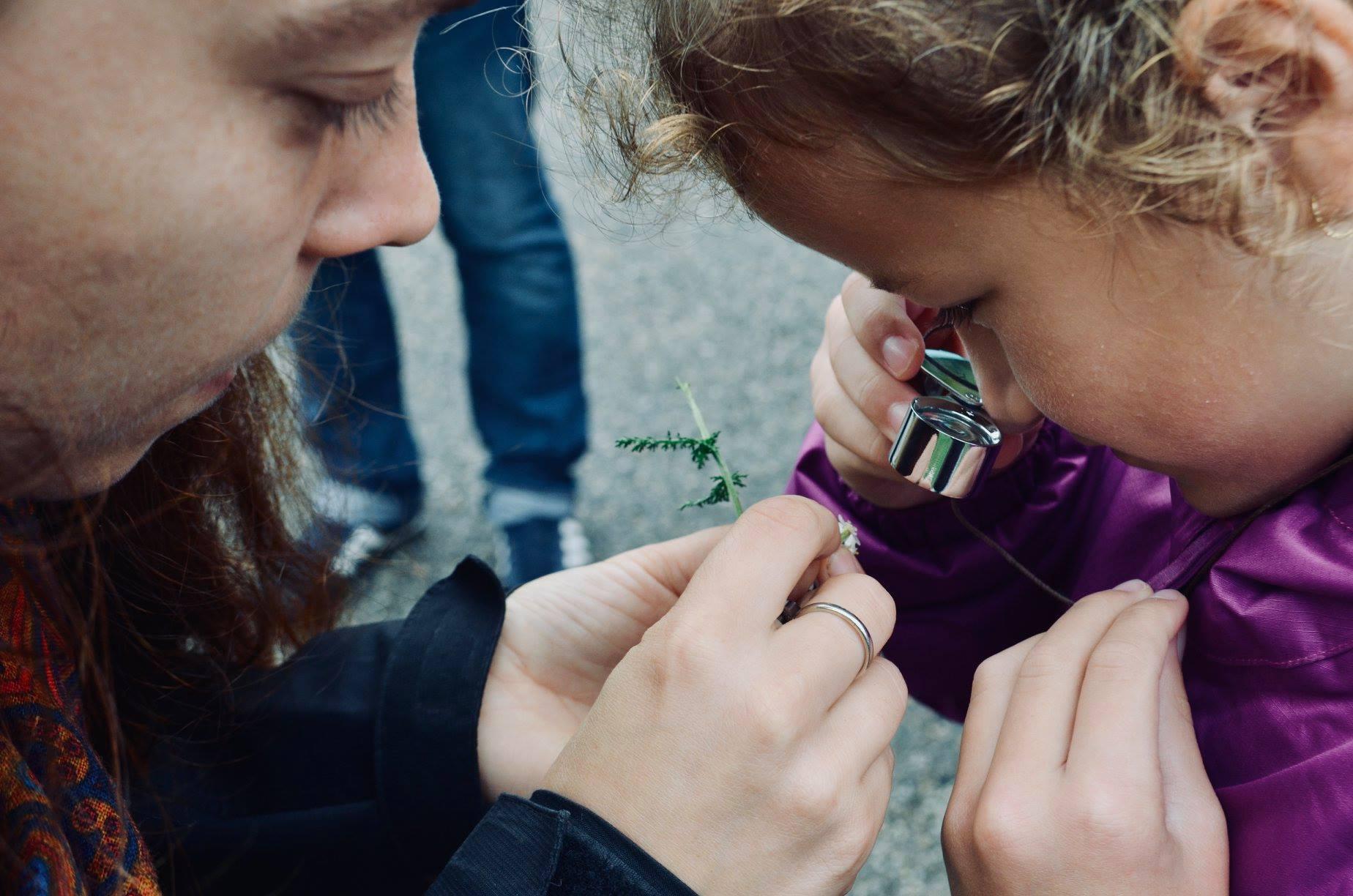 Anna O'nial, herbaliste : experte des plantes elle propose un atelier DIY pour les maux d'hiver
