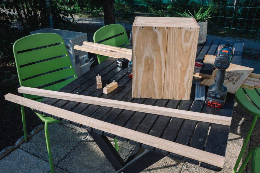 Le matériel nécessaire pour suivre le tutoriel et réaliser une table de chevet