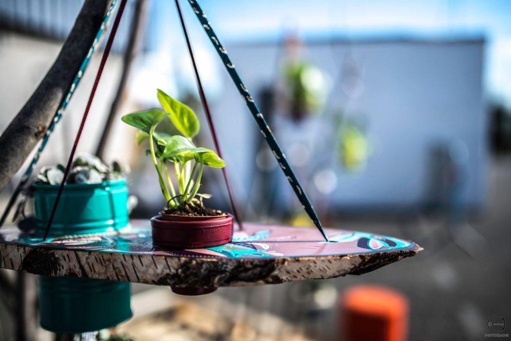 Une réalisation upcycling du collectif Sous les pavés la plante