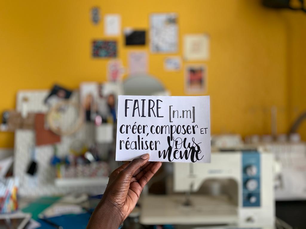 Au boulot cocotte, vos Tisseuses de liens créatifs à Toulouse, met en relation et en avant les acteurs du Faire par le biais d'ateliers DIY