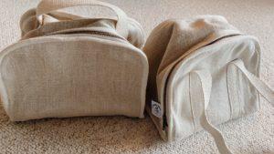 Les deux versions du sac isotherme 100% naturel Marguerite : avec anses ou avec bandoulière, il y en a pour tous les gouts. Merci le Mouton Givré !