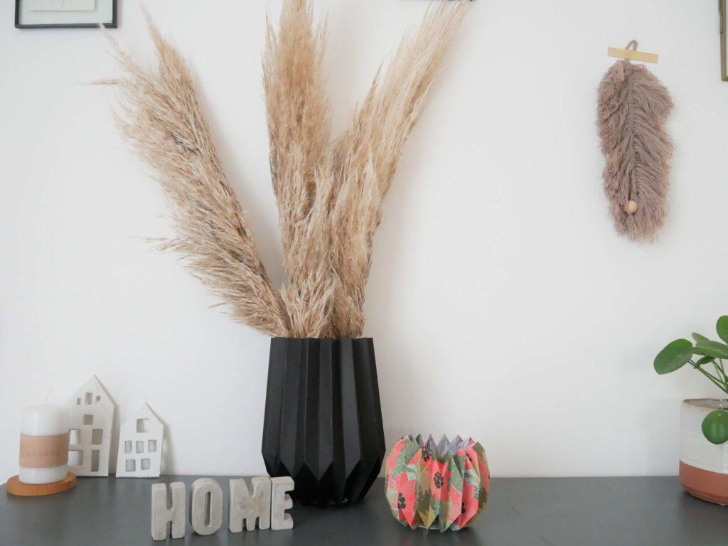 Vue ensemble paysage vase et photophore origami