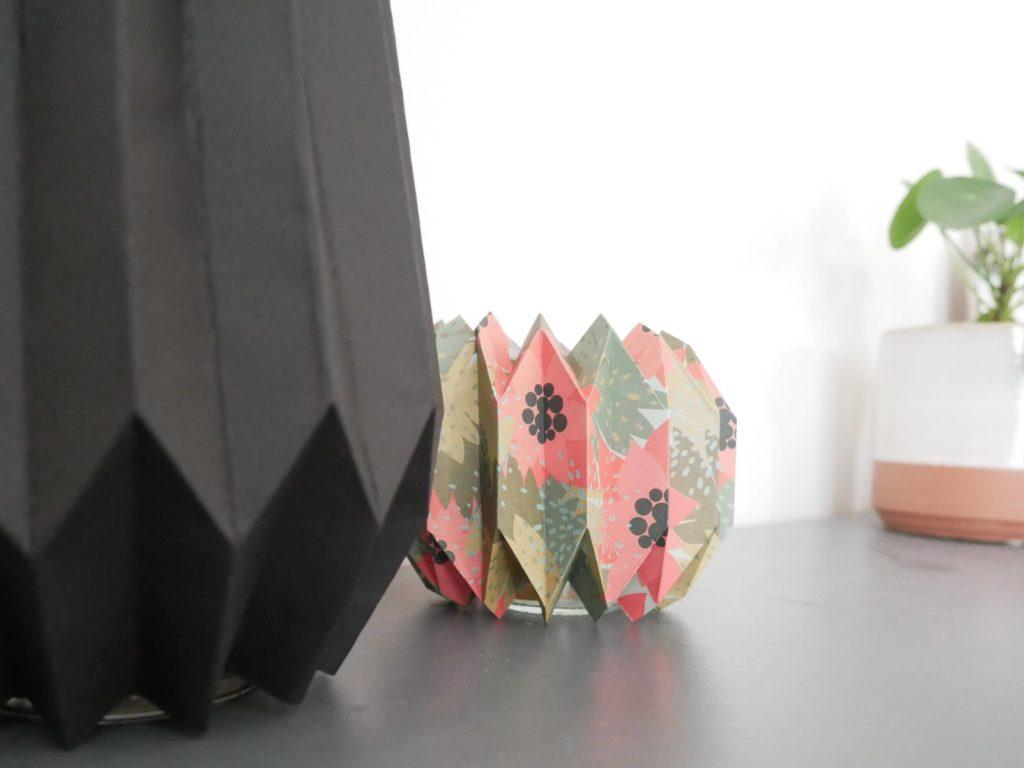 Détail du vase en origami
