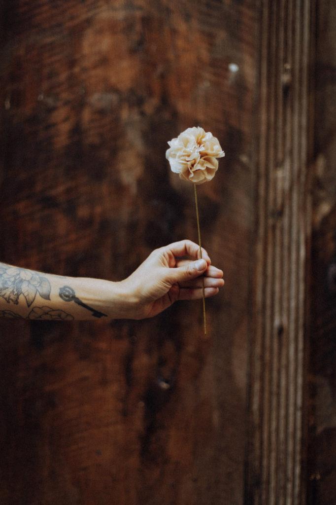 Les fleurs fabriquées par Diane d'Horticulture Papier.#Toulousecreative