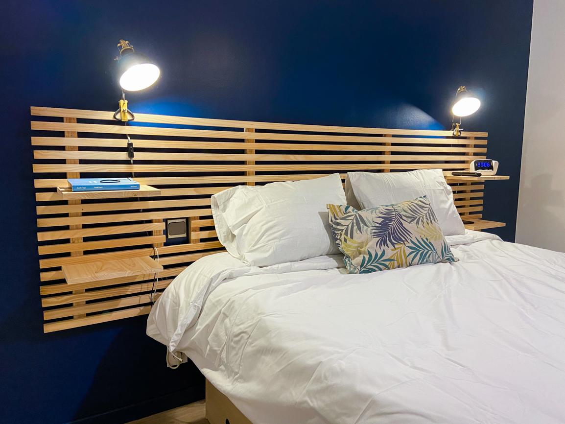 Fabriquez une tête de lit avec des tasseaux