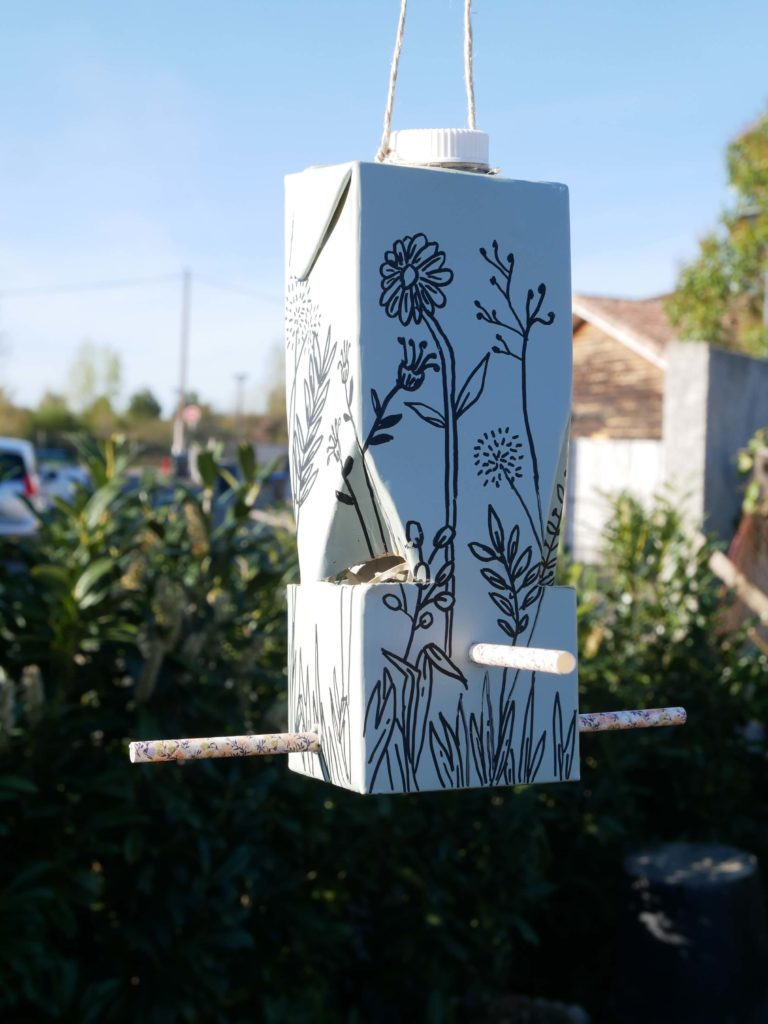 tutoriel-recyclage-mangeoire-jardin-lesateliersdangelique-auboulotcocotte