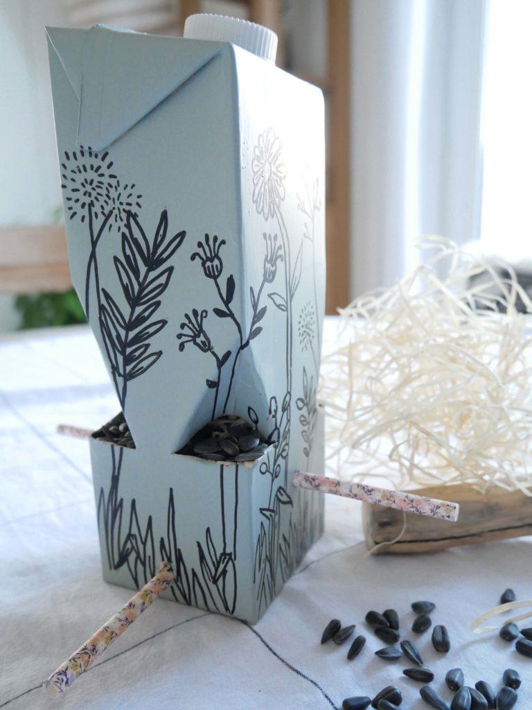 tutoriel-recyclage-mangeoire3-lesateliersdangelique-auboulotcocotte