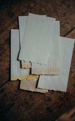 Les pages de notre carnet de notes 100% recyclé, après séchage